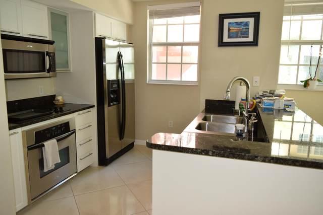 225 NE 1st Street 202W, Delray Beach, FL 33444 (#RX-10522115) :: Ryan Jennings Group