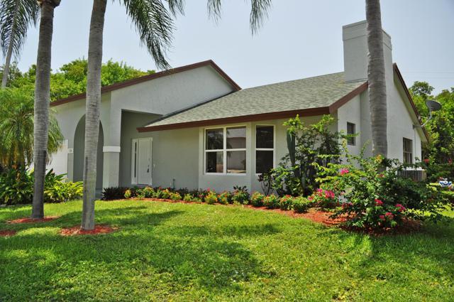 728 NE 8th Avenue, Boynton Beach, FL 33435 (MLS #RX-10522929) :: Berkshire Hathaway HomeServices EWM Realty