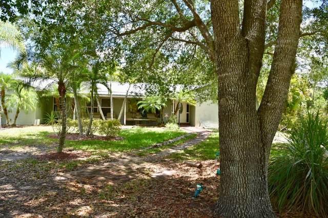 9205 SW Kansas Avenue, Stuart, FL 34997 (#RX-10525100) :: Ryan Jennings Group