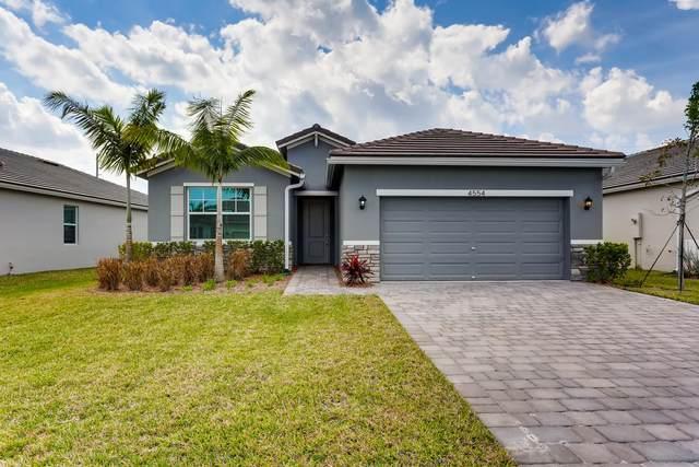 4554 NW King Court, Jensen Beach, FL 34957 (#RX-10528406) :: Ryan Jennings Group