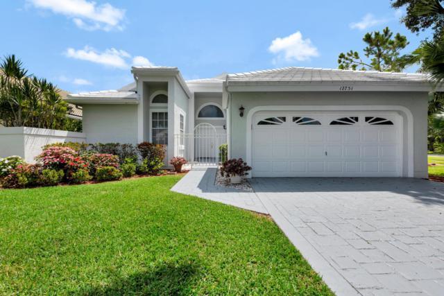 12751 Oak Knoll Drive, Palm Beach Gardens, FL 33418 (MLS #RX-10533008) :: EWM Realty International