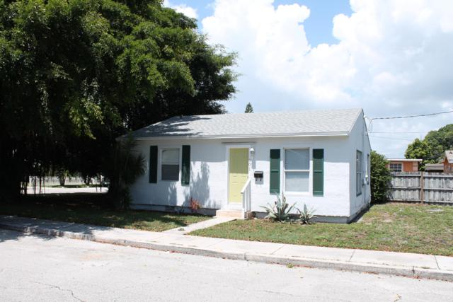 501 Valley Forge Road, West Palm Beach, FL 33405 (MLS #RX-10536103) :: Laurie Finkelstein Reader Team