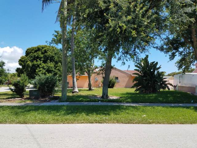245 SW 10th Avenue, Delray Beach, FL 33444 (MLS #RX-10544607) :: Berkshire Hathaway HomeServices EWM Realty