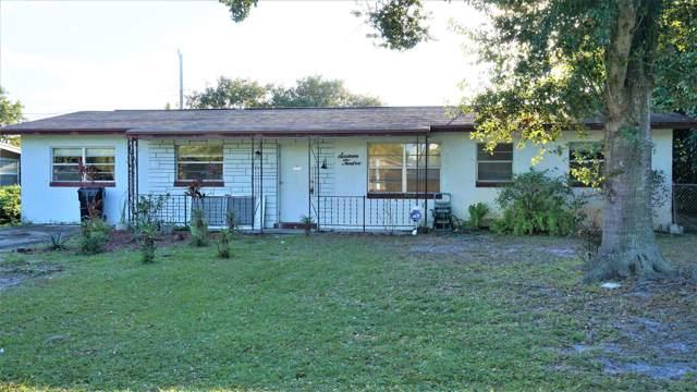 1612 SE Apache Avenue, Stuart, FL 34994 (#RX-10551298) :: Ryan Jennings Group
