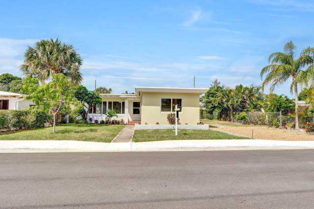 1629 N Lakeside Drive, Lake Worth Beach, FL 33460 (MLS #RX-10564300) :: Laurie Finkelstein Reader Team