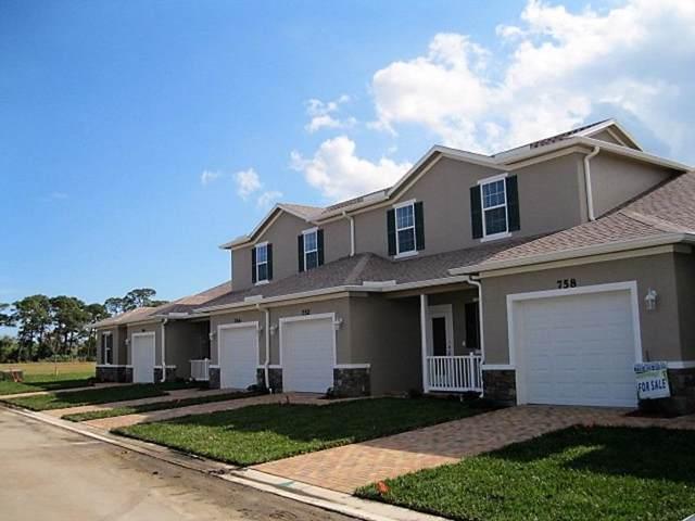 684 NE Waters Edge Lane, Port Saint Lucie, FL 34983 (#RX-10570016) :: Ryan Jennings Group