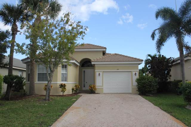 697 NW Stanford Lane, Port Saint Lucie, FL 34983 (#RX-10572647) :: Ryan Jennings Group
