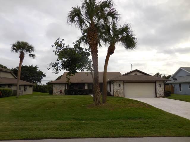 415 10th Place SW, Vero Beach, FL 32962 (#RX-10576728) :: Ryan Jennings Group