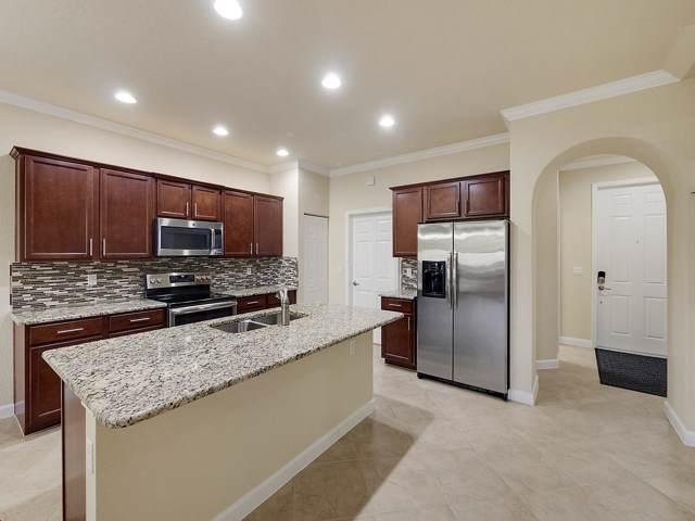 10372 Wellington Parc Drive, Wellington, FL 33449 (MLS #RX-10577904) :: Berkshire Hathaway HomeServices EWM Realty