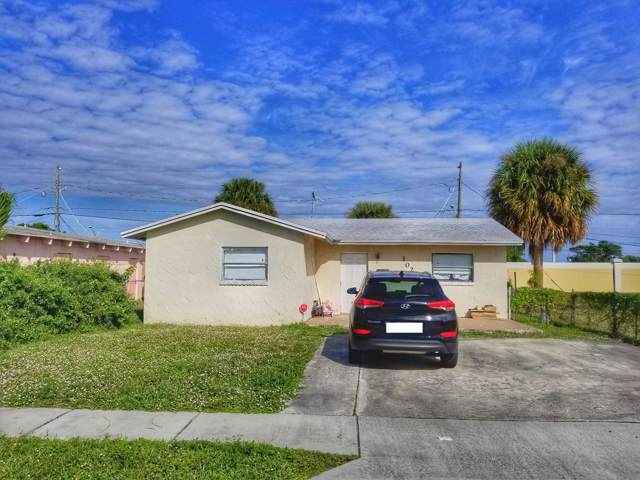 1028 W 7th Street, Riviera Beach, FL 33404 (#RX-10580388) :: Ryan Jennings Group