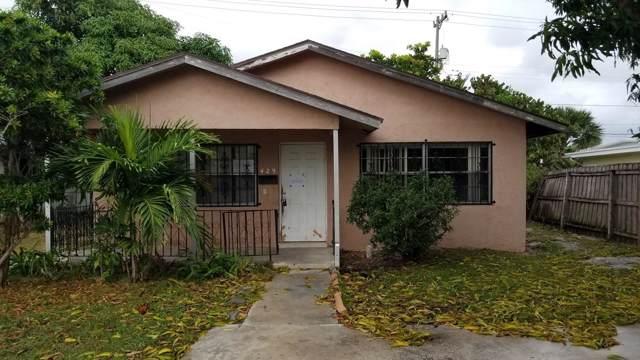 429 Avenida Hermosa, West Palm Beach, FL 33405 (#RX-10586248) :: Ryan Jennings Group
