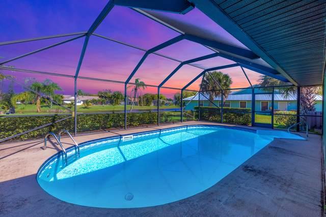 527 NE Silver Oak Terrace, Jensen Beach, FL 34957 (#RX-10595123) :: Ryan Jennings Group