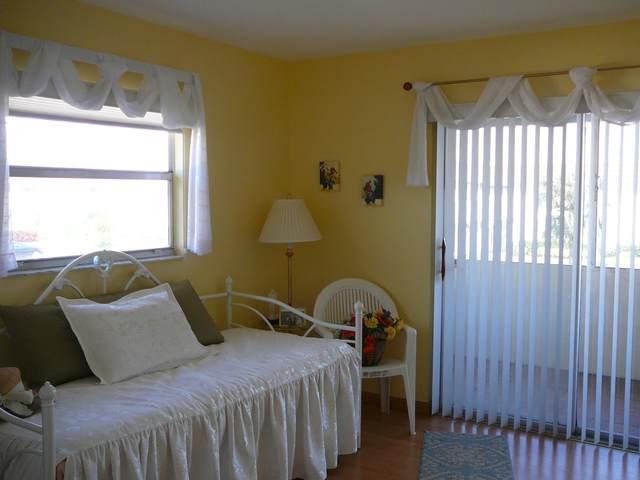 280 Saxony F, Delray Beach, FL 33446 (#RX-10595535) :: Ryan Jennings Group