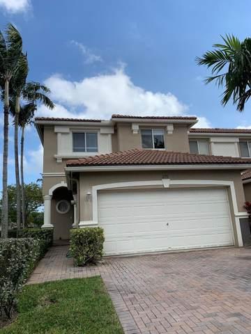2171 Oakmont Drive, Riviera Beach, FL 33404 (MLS #RX-10597028) :: Berkshire Hathaway HomeServices EWM Realty