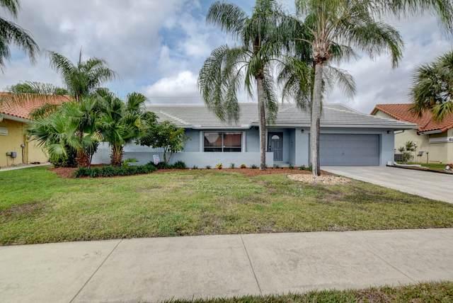 6048 Sunberry Circle, Boynton Beach, FL 33437 (#RX-10598385) :: Ryan Jennings Group