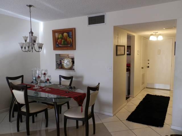 2820 Tennis Club Drive #403, West Palm Beach, FL 33417 (#RX-10598485) :: Ryan Jennings Group
