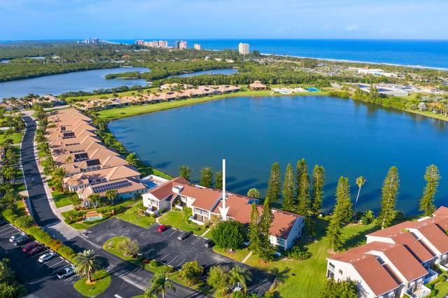 3218 S Lakeview Circle 7-104, Hutchinson Island, FL 34949 (#RX-10600307) :: Ryan Jennings Group
