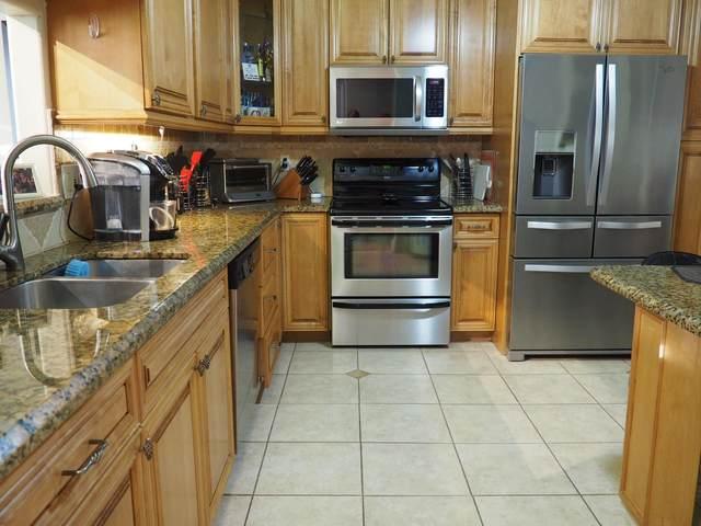 9694 Royal Palm Boulevard 22-3, Coral Springs, FL 33065 (#RX-10602550) :: Ryan Jennings Group