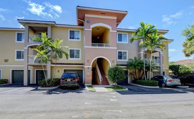 6521 Emerald Dunes Drive #204, West Palm Beach, FL 33411 (#RX-10603897) :: Ryan Jennings Group