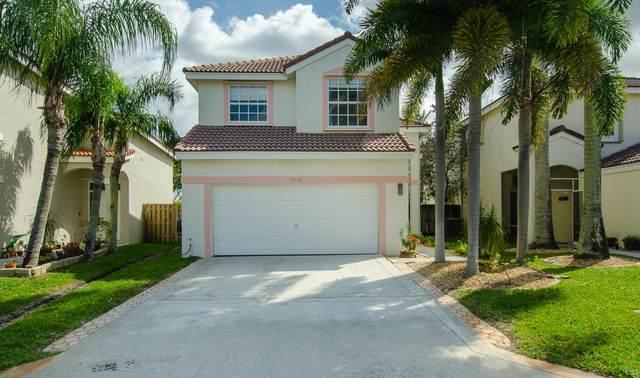 7916 Lakewood Cove Court, Lake Worth, FL 33467 (#RX-10604529) :: Ryan Jennings Group