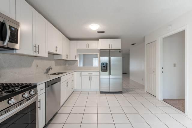 5523 Haverford Way, Lake Worth, FL 33463 (#RX-10604713) :: Treasure Property Group