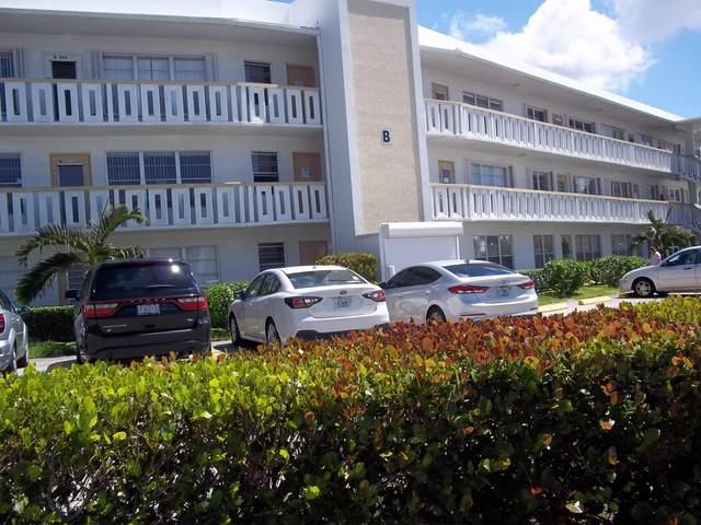 107 Wellington B, West Palm Beach, FL 33417 (#RX-10609331) :: Ryan Jennings Group