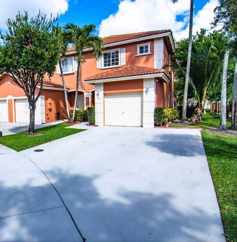 901 NW 100 Avenue, Pembroke Pines, FL 33024 (#RX-10609887) :: Ryan Jennings Group