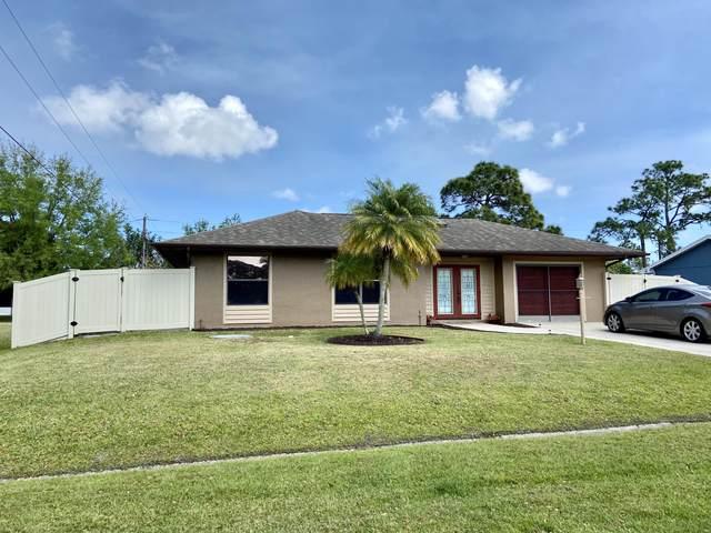 1631 SE Seashore Lane, Port Saint Lucie, FL 34983 (#RX-10610470) :: Ryan Jennings Group