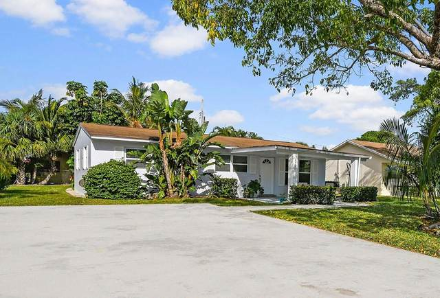 19150 SE Homewood Avenue, Tequesta, FL 33469 (#RX-10611896) :: The Rizzuto Woodman Team