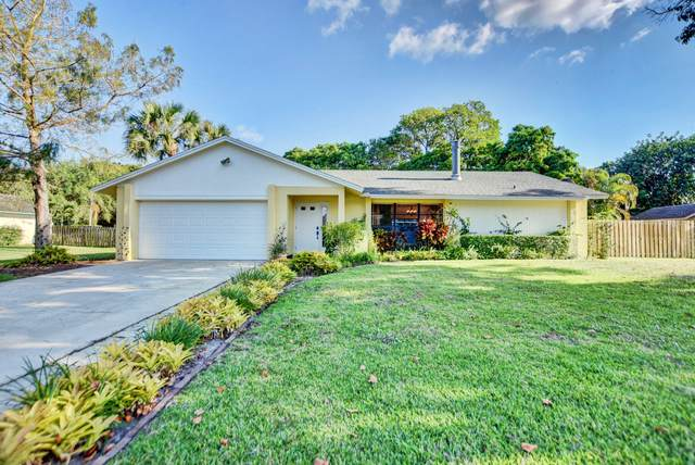 12072 Old Country Road S, Wellington, FL 33414 (MLS #RX-10612880) :: Laurie Finkelstein Reader Team