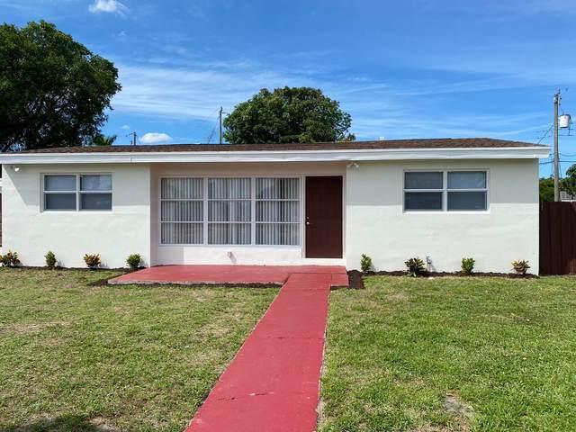6320 Nowata Circle, Lake Worth, FL 33462 (MLS #RX-10618398) :: Berkshire Hathaway HomeServices EWM Realty