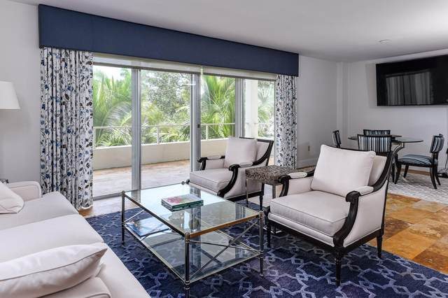 44 Cocoanut Row 222A, Palm Beach, FL 33480 (#RX-10627413) :: Posh Properties