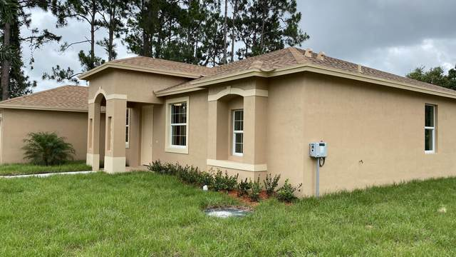 1652 SW Boykin Avenue, Port Saint Lucie, FL 34953 (#RX-10627950) :: Ryan Jennings Group