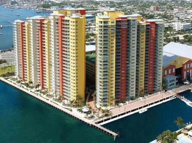 2650 Lake Shore Drive #1501, Riviera Beach, FL 33404 (#RX-10628078) :: Posh Properties