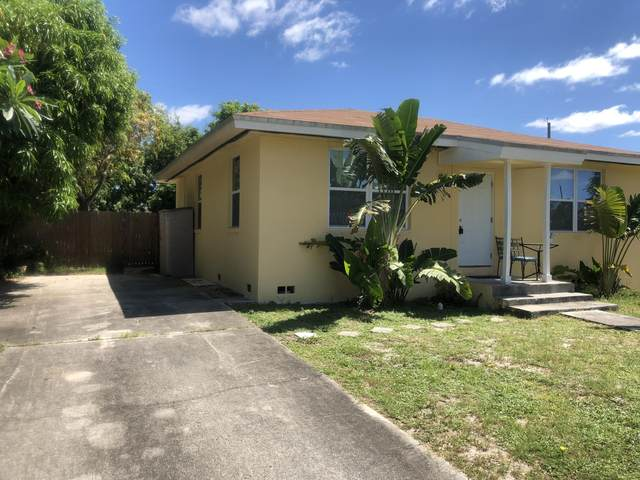 1006 13th Avenue S, Lake Worth, FL 33460 (MLS #RX-10630816) :: The Jack Coden Group