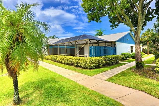 902 Timberlane Circle 9 B, Greenacres, FL 33463 (#RX-10632426) :: Ryan Jennings Group