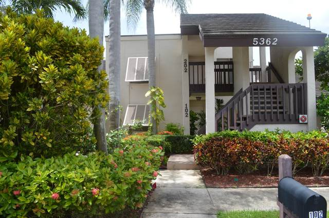 5362 Cedar Lake Drive #102, Boynton Beach, FL 33437 (#RX-10634114) :: Ryan Jennings Group