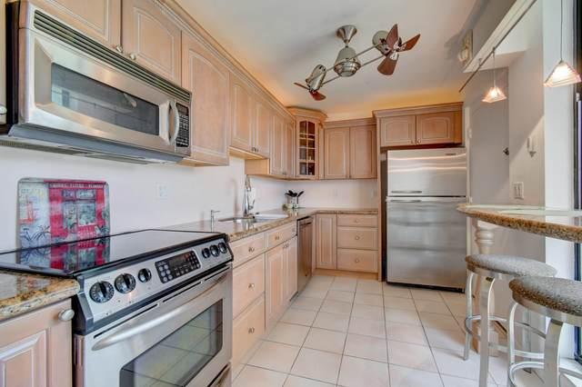 2520 Presidential Way #203, West Palm Beach, FL 33401 (MLS #RX-10635291) :: Berkshire Hathaway HomeServices EWM Realty
