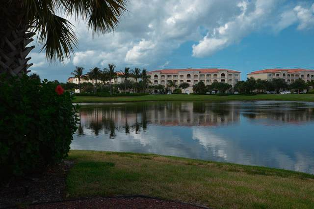 30 Harbour Isle Drive W #106, Fort Pierce, FL 34949 (#RX-10636433) :: Ryan Jennings Group