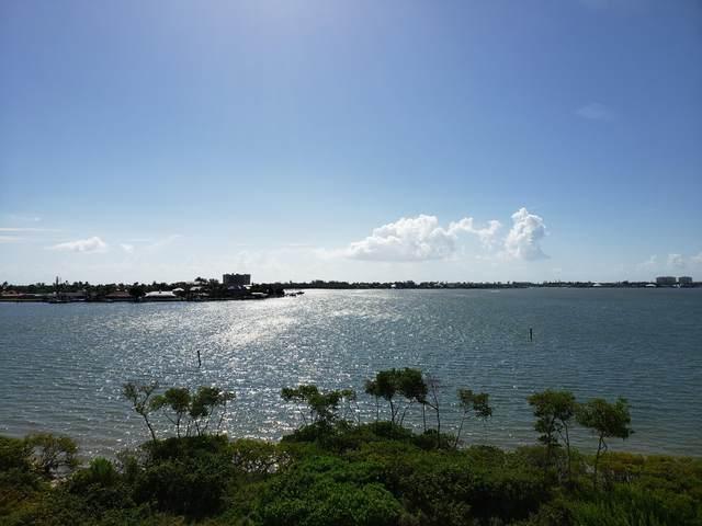 21 Harbour Isle Drive W Ph03, Hutchinson Island, FL 34949 (#RX-10639783) :: Ryan Jennings Group