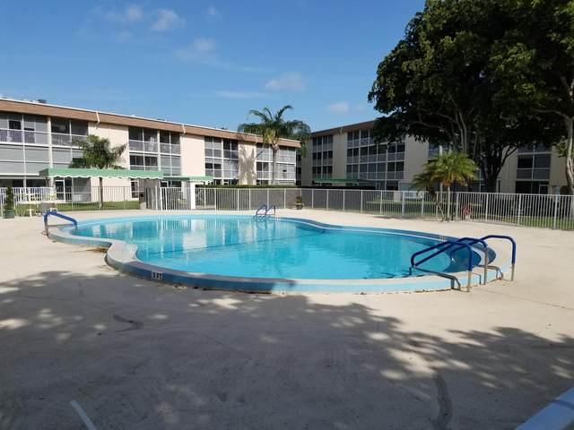 200 Village Green Circle E K 314, Palm Springs, FL 33461 (#RX-10642177) :: Ryan Jennings Group