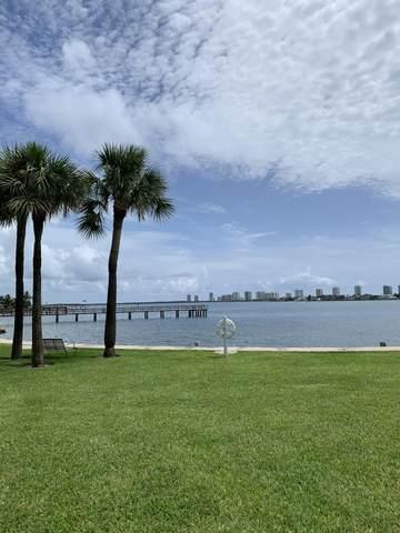 410 Wilma Circle #204, Riviera Beach, FL 33404 (MLS #RX-10643389) :: Berkshire Hathaway HomeServices EWM Realty