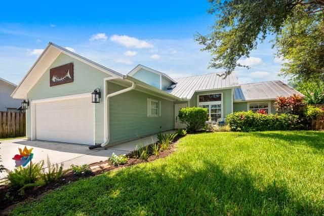 1000 SW Gardens Boulevard, Palm City, FL 34990 (#RX-10645060) :: The Rizzuto Woodman Team