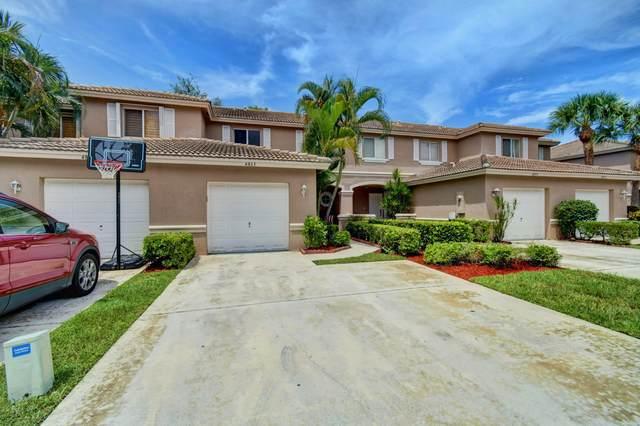 4863 Pinemore Lane, Lake Worth, FL 33463 (#RX-10645403) :: Real Estate Authority