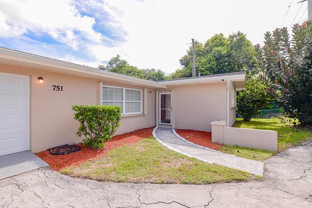 751 E Prima Vista Boulevard, Port Saint Lucie, FL 34952 (#RX-10646747) :: The Rizzuto Woodman Team