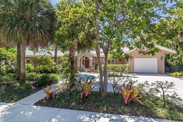 136 Edgewood Drive, West Palm Beach, FL 33405 (#RX-10652235) :: The Rizzuto Woodman Team