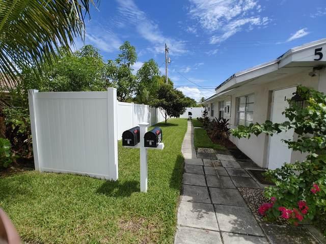 524 Holly Drive #1, Palm Beach Gardens, FL 33410 (#RX-10653041) :: The Rizzuto Woodman Team