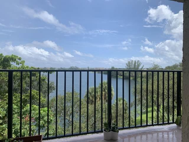 3590 Blue Lake Drive #502, Pompano Beach, FL 33064 (MLS #RX-10653358) :: Berkshire Hathaway HomeServices EWM Realty