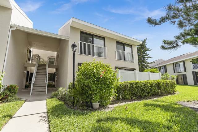 3218 S Lakeview Circle 7-106, Hutchinson Island, FL 34949 (MLS #RX-10655107) :: Berkshire Hathaway HomeServices EWM Realty