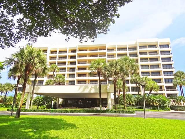 1800 S Ocean Boulevard 4 B, Boca Raton, FL 33432 (#RX-10658470) :: The Rizzuto Woodman Team
